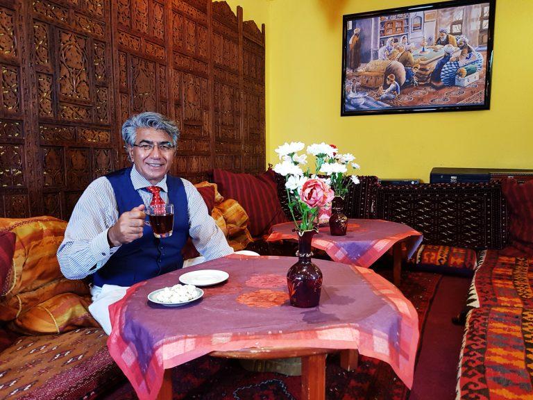 Enspannen Sie in unserer Chilllounge orientalier Art im Restaurant Kabul in Wuppertal.